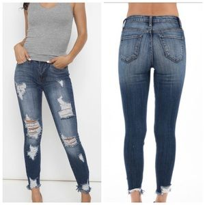 KanCan Distressed Mid Rise Ankle Ripped Skinny 27